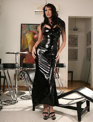 Mature Latex Porn Pictures